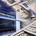 Доллар впервые с осени оказался на уровне 65 рублей