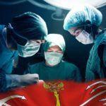 В больнице Санкт-Петербурга провели редкую операцию ребёнку с признаками двух полов