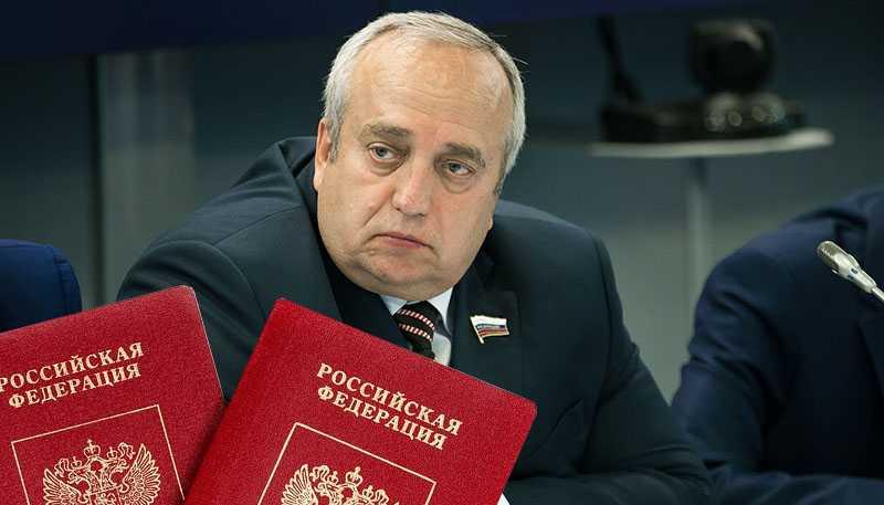 В Совете федерации поставили на место Порошенко после слов о превосходстве украинского паспорта