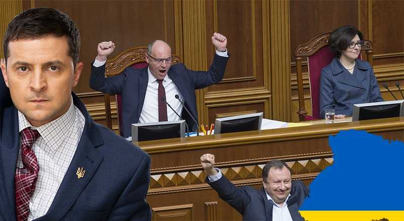 В Украине подписан закон, обязывающий использовать украинский язык как единственный государственный