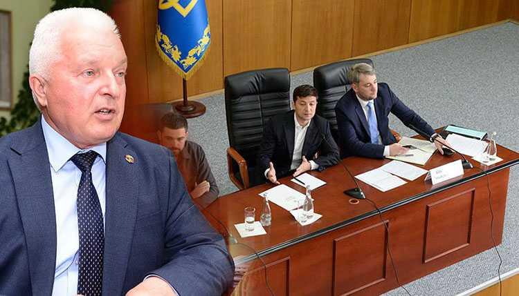 Мэр украинского города рассказал Зеленскому о метре фекалий на местных озёрах