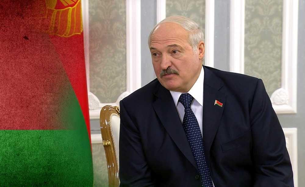Лукашенко заявил, что хочет видеть Белоруссию независимой и не управляемой из-под плётки