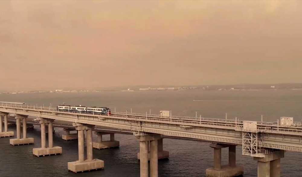 Поезд президента крымский мост