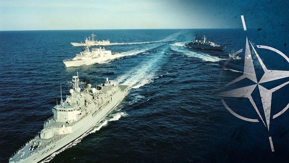 Корабли РФ заблокировали суда НАТО в Черном море