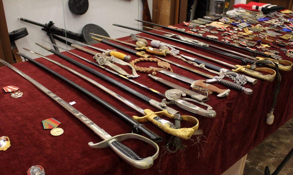 Владение антикварным оружием в наше время