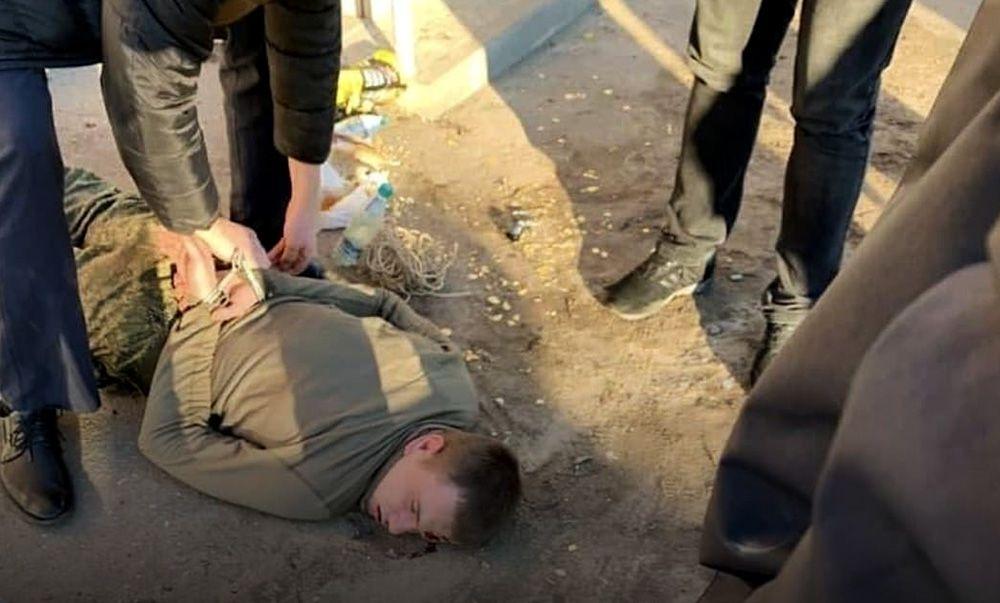 Подозреваемый в расстреле трех военных задержан под Воронежем