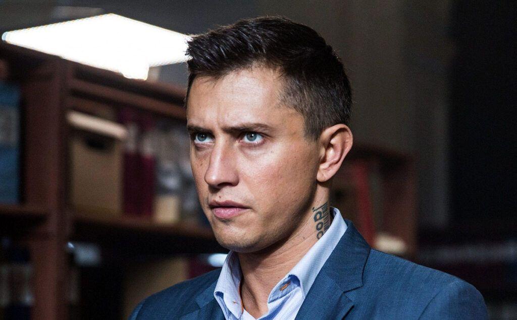 Актёра Прилучного госпитализировали после избиения