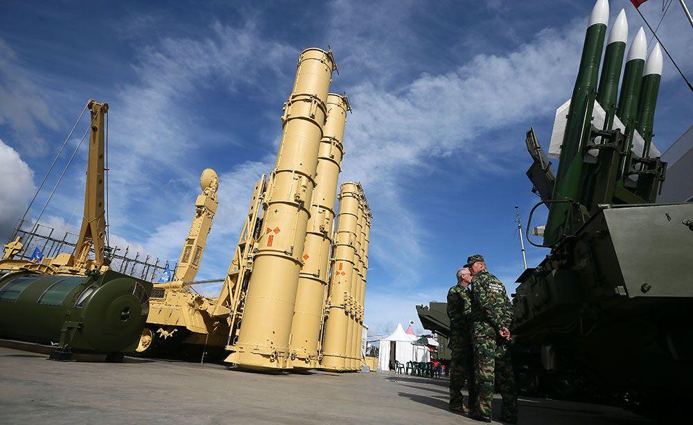 Россияне в сети остроумно высмеяли реакцию японцев на появление ЗРК С-300 на Курилах