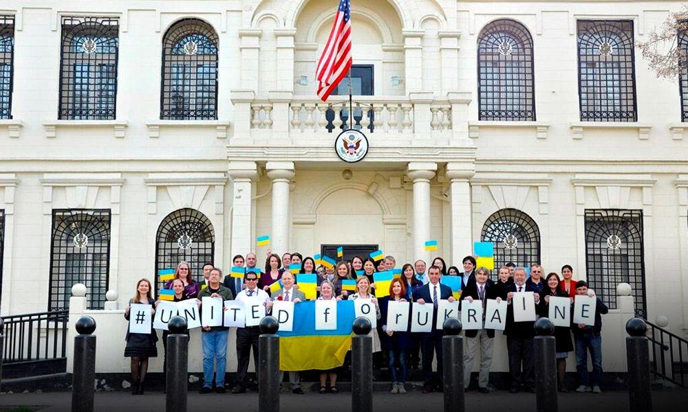 """В Раде возмутились американской """"помощью"""" для Украины"""